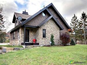 995 900$ - Maison à un étage et demi à vendre à Lac-Simon Gatineau Ottawa / Gatineau Area image 2