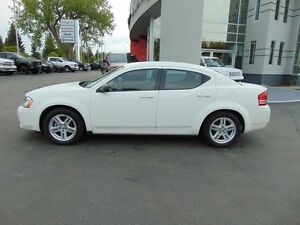 2009 Dodge Avenger SE (Super Low Kilometers)