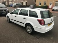 Diesel 2008 Vauxhall Astra estate 1.7 motd June 2019 2 Key's