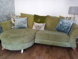4 and 2 seater sofa