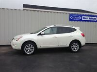 2011 Nissan Rogue SL, Pearl White Fully Loaded
