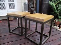 Pair of lovely side tables in solid Oak.