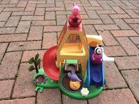 Peppa pig weeble set