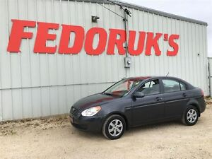 2009 Hyundai Accent L Package ***2 Year Warranty Available