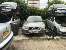 VOLVO S40 S 2003 4 Doors Grey saloon- FOR PARTS ONLY