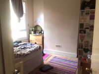 Double room to let in East Putney Flatshare