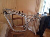 GSXR 750 frame