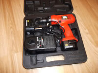 BLACK&DECKER 12 volt drill/screwdriver