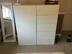 Chest of drawers with one door Shelf unit