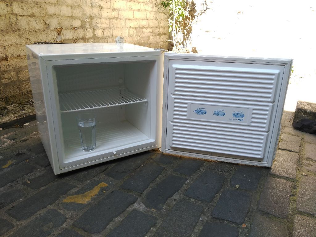50 Liters Freezer Perfect Conditions Grassmarket In