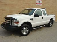2008 Ford F-250 XLT Super Duty 4X4. Rare V10! Winch! Loaded!