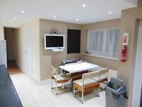 SHMP PROPERTY OFFER VERY NICE ROOM IN THREE BED HOUSE NEAR LEYTON UNDERGROUND STATION E10