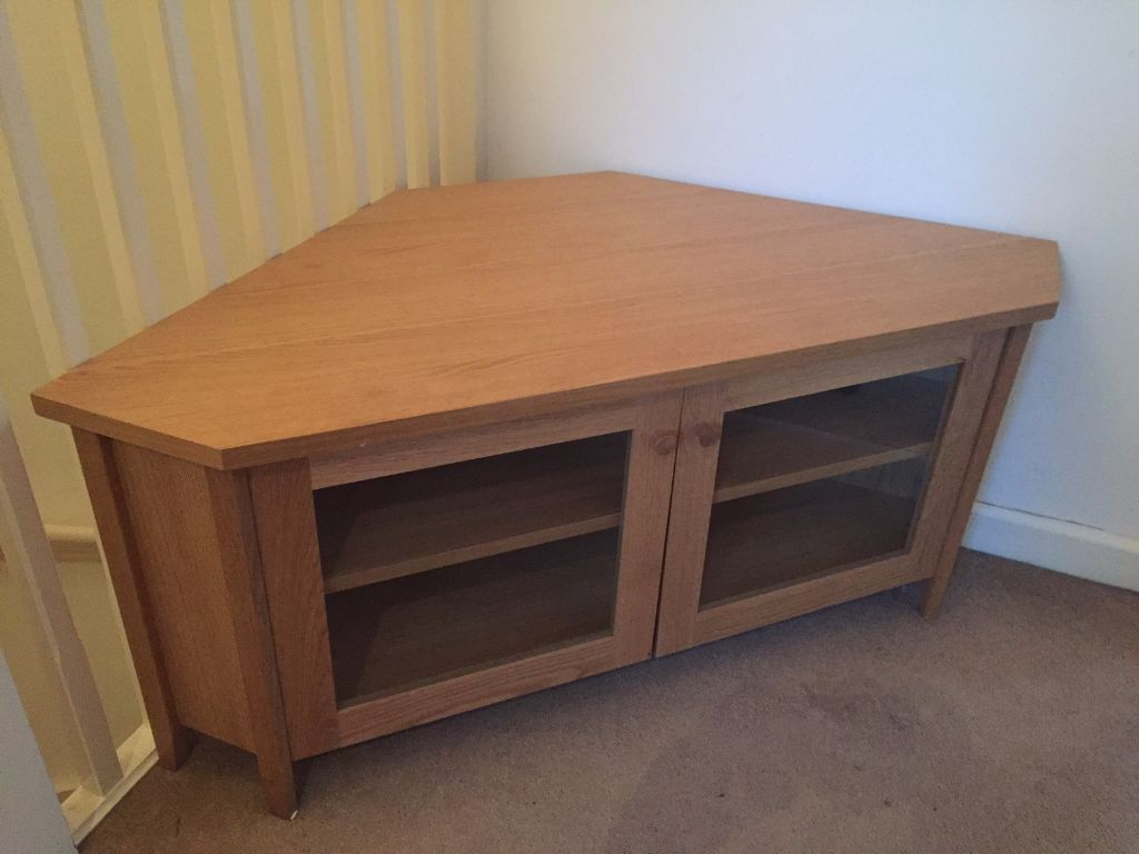 Corner Oak TV Unit Ikea Skoghall £25!  in Southampton
