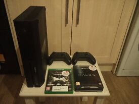 XBOX ONE 500GB + 2 CONTROLLERS + HALO 5 LTD ED + BATMAN ARKHAM KNIGHT