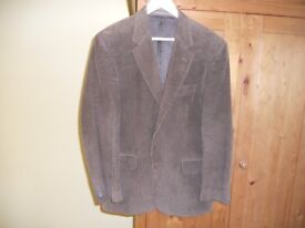 Very Smart Gurteen Gents Corduroy Sports Jacket Dark Green