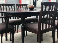 Extendable Dining Table and 6 Chairs (@07519500790)