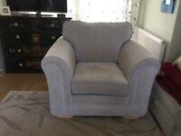 Large luxury armchair, excellent condition
