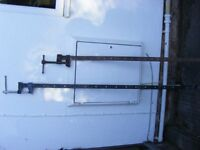 two sash clamps one 140cm long the other 115cmm long