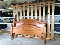 Pine bed double