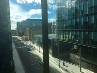 Edinburgh Festival Let - Luxury quartermile flat for 2-4