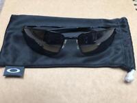 Oakley Sunglasses Square wire polished black iridium lenses