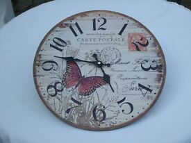 Carte Postal & Butterfly Wall Clock