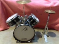 3-Piece Beginners Drum Kit with 2 cymbals