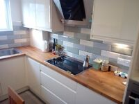 Double Bedroom with Own Bathroom in Town Centre in a Refurbished Flat Internet & All Bills Included