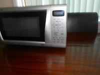 Sharp Microwave Oven R555