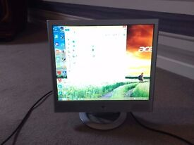 """HP vs17 17"""" Flat-Panel LCD Monitor. PC Screen. Integrated Speakers. VGA connection."""