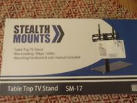 STEALTH MOUNTS SM-17 UNIVERSAL BLK TABLE TOP TV STAND