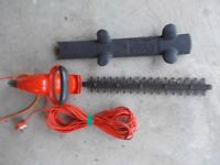 Eletctric hedge trimmer