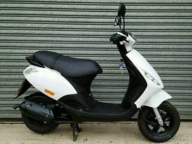 2013 PIAGGIO ZIP 50cc SCOOTER ONLY 2,000 MILES