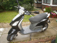 piaggio 125 fly rev and go scooter 57 reg 4 stroke