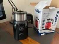 Lavatzaa Milk frothier and heater