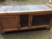 Rabbit hutch for sale £20