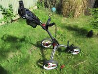 Motocaddy CUBE push golf trolley