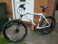 Hard tail mountain bike mens