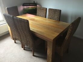 6ft dining table and 6 chairs excellent condition