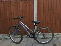 Teenage Girl/Lady's Mountain Bike Apollo XC26