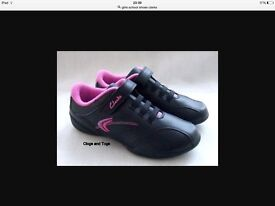 girls trainers new from clarks
