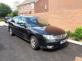 Black Ford Mondeo for sale, 158k miles, £600 ono