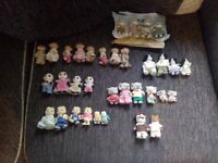 Sylvanian familys. 6 familys a dentist and driver