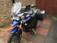 2011 Triumph Tiger 800 - Full Luggage & Extra's