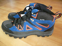 Mens walking boots new