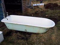 Retro cast iron roll top bath tub