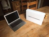 MacBook Air, Core i5 Processor, SILVER - mint condition with box and charger