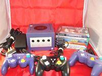 Nintendo Gamecube (purple) + 3 Controllers + 6 Games + Memory Card