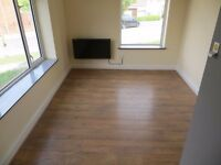 Room to let in Watermead Road, Luton