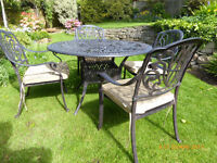 Garden furniture set - 4 Seater round table in Bronze WITHOUT PARASOL